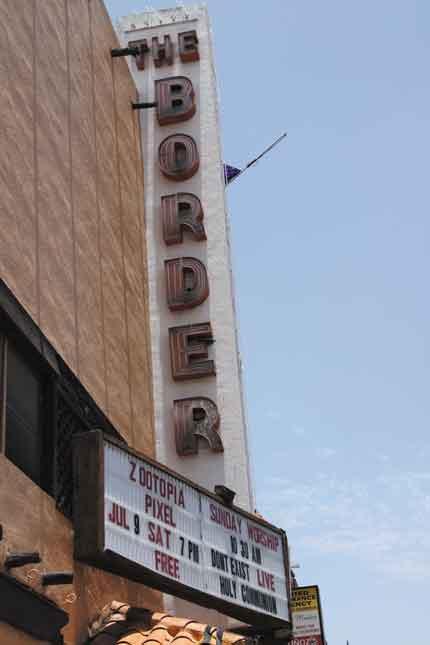 20160715 CMYK Border theater 3389