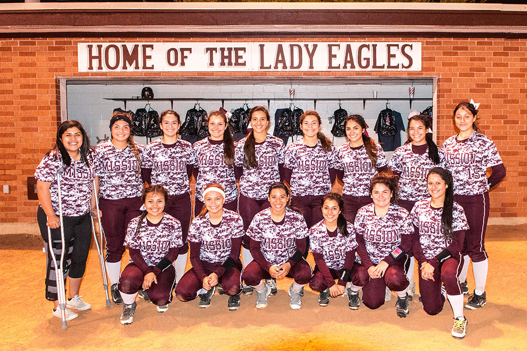 20160308 Mission Lady Eagles Softball Team LG 01