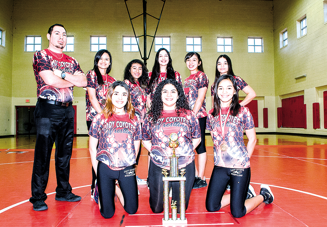 20180123 Wrestling Girls LJHS Team LG 03